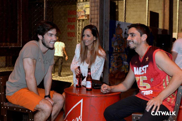 Thiago-Lopes,-Angie-Diniz-e-Caio-Pozes